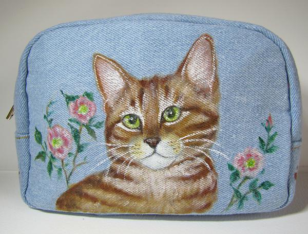 手描き猫絵ポーチ